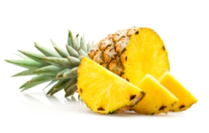 stockvault-pineapple-with-slices-isolated-on-white175333